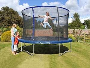warum sollte ein trampolin nur ohne schuhe verwendet werden. Black Bedroom Furniture Sets. Home Design Ideas