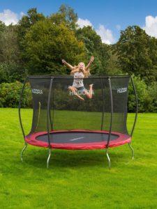 das trampolin wann aufbauen lesen sie hier. Black Bedroom Furniture Sets. Home Design Ideas